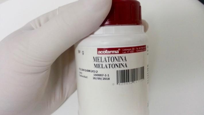 Incorporación de melatonina en emulsiones corporales comercializadas